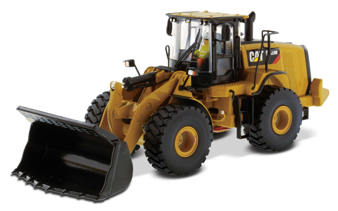85927 - QUALITE masters Cat 972 M Wheel Loader - 1 50