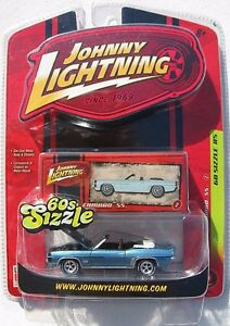JOHNNY-LIGHTNING-60s-SIZZLE-1969-CHEVY-CAMARO-SS-CONVERTIBLE-2
