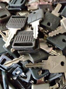 König Neurath Möbel Schlüssel 1-5020T-1-5029T
