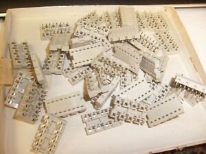 Box-of-39-lot-AMP-16-pin-IC-Sockets-new-old-stock-NOS-electronic-part