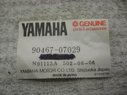 Yamaha OEM NOS scissor clamp 90467-07029  #2426