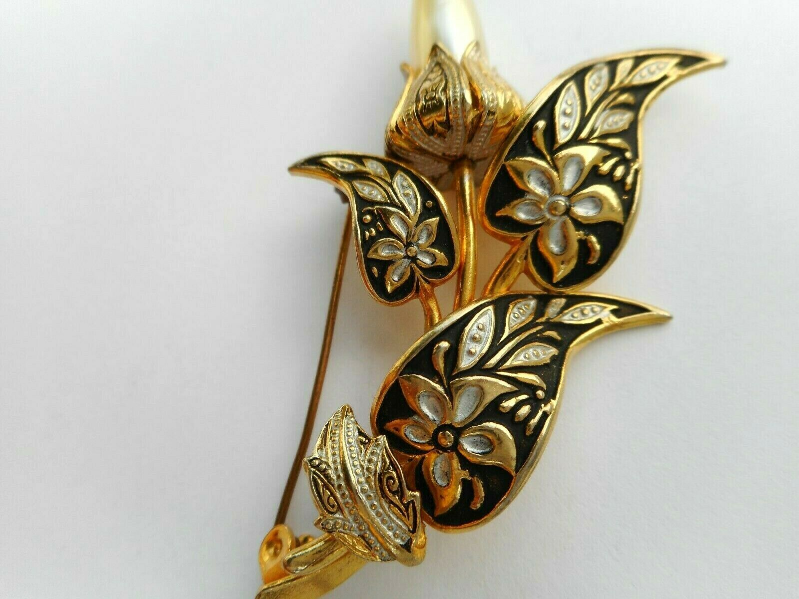 Stunning Vintage Spain Damascene Gold Tone Ornat… - image 6