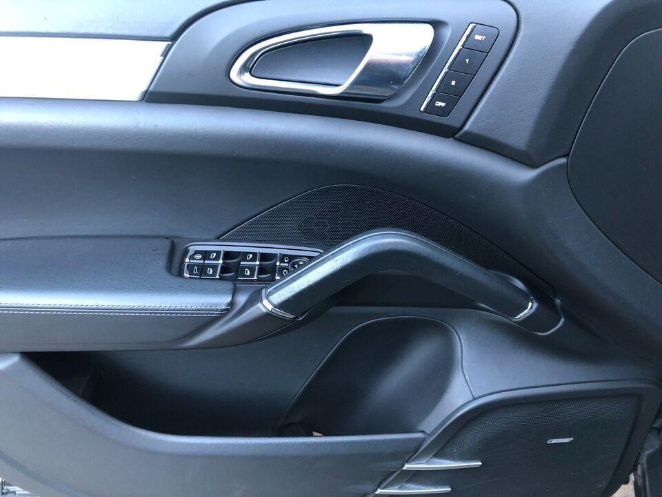 Porsche Cayenne Turbo 4,8 Tiptr. Benzin 4x4 4x4 aut.