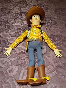 Figurine Parlante Anglais 40 Cm Toy Story Andy Woody Disney Pixar Cow Boy Shérif