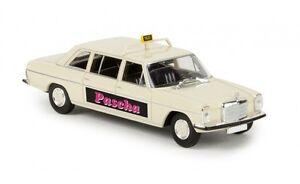 13410-Brekina-MB-220D-8-lang-034-Taxi-Koeln-034-1-87