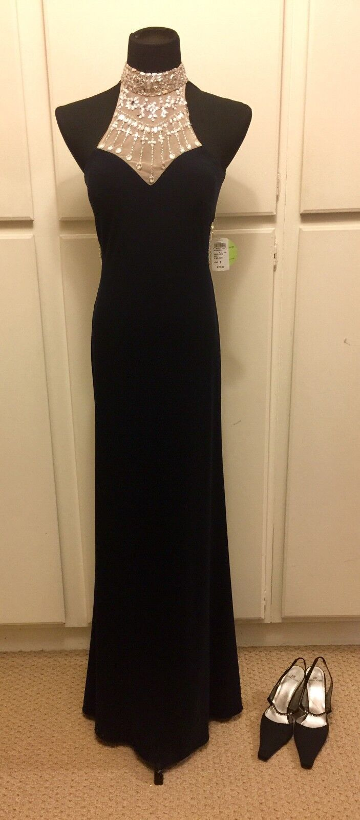 Women BLONDIE NITES Homecoming Prom Formal Navy Jeweled Evening Gown SIZE 9