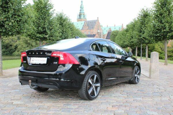 Volvo S60 2,0 D3 150 Momentum aut. - billede 2