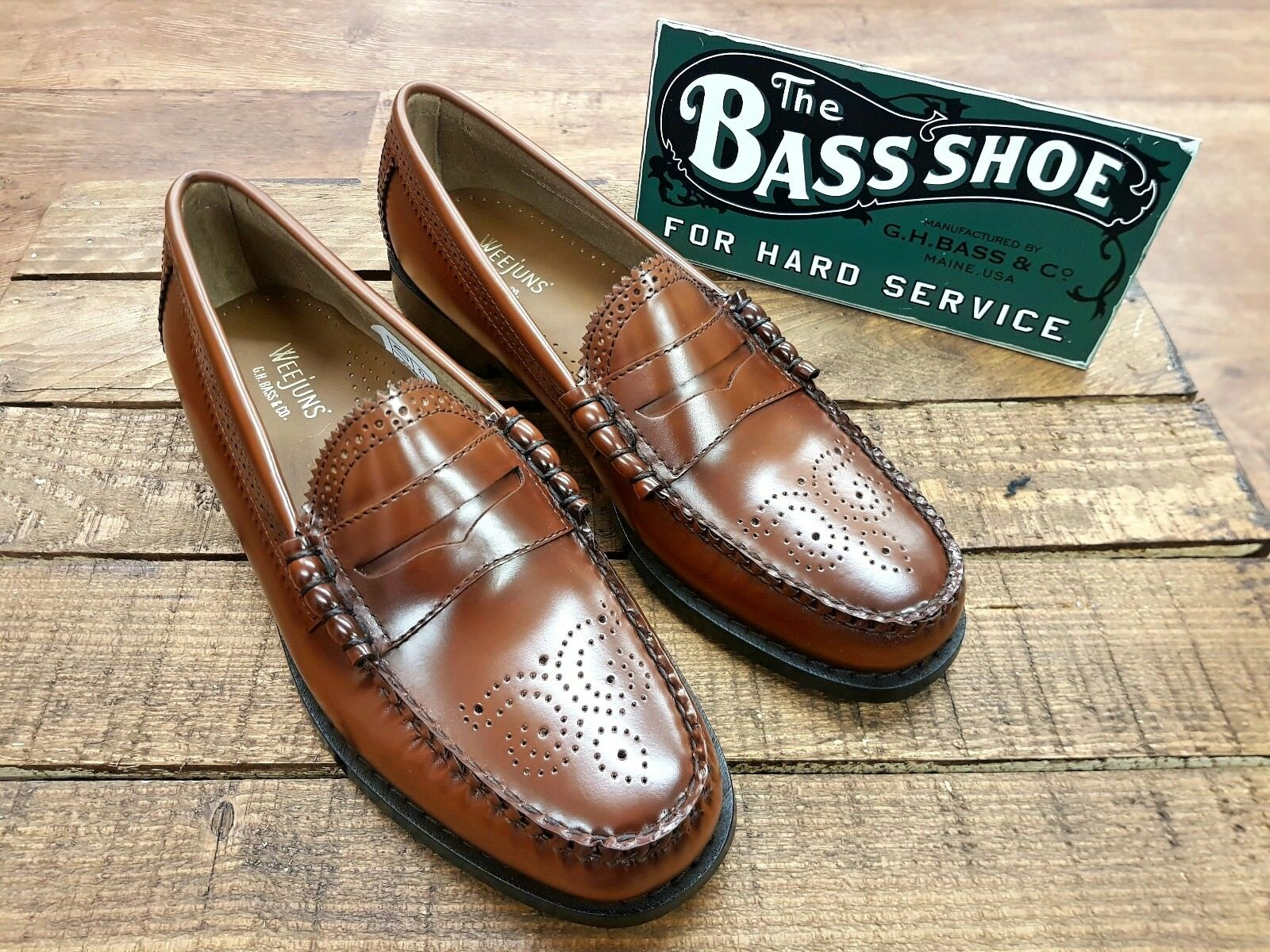 G. H. Bass & Co // // Weejuns Larson Brogues Stile Mocassino Mid Marrone // NUOVO!!!