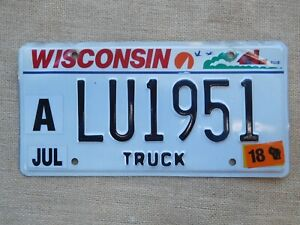 American-number-licence-plate-Wisconsin-embossed-vintage-old-truck-genuine-USA