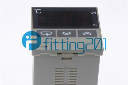 Omron E5CS-R1KJX 100-240VAC Temperature Controller Tested Used