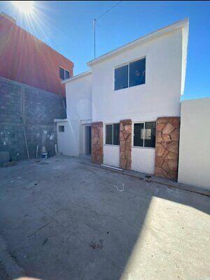 Casa en venta col. Arquitectos. $1,350,000