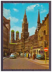 Carte-Postale-Munich-Eglise-de-Notre-Dame-et-Hotel-de-Ville