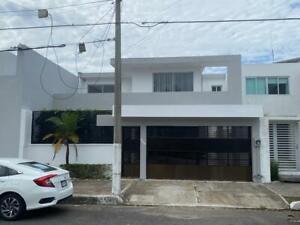 FRACC. COSTA DE ORO, Casa en RENTA de 4 recámaras, una en PLANTA BAJA