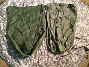 2-US-Army-Military-WATERPROOF-CLOTHES-Clothing-GEAR-WET-WEATHER-LAUNDRY-BAG-VGC