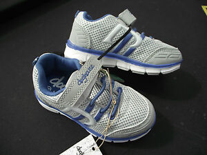 BNWT Little Girls Sz 5 Rivers Doghouse Blue and White Tab Athletic Jogger Shoes