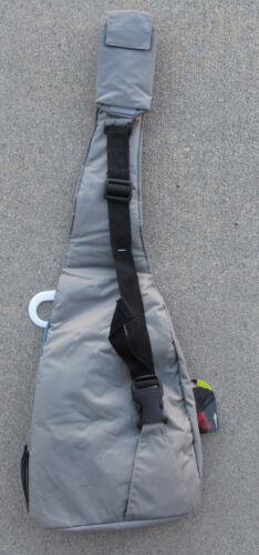 Gray 15 pooch pick-up//food bag//3 Bowls Outward Hound Travel Essential Bag /& Kit