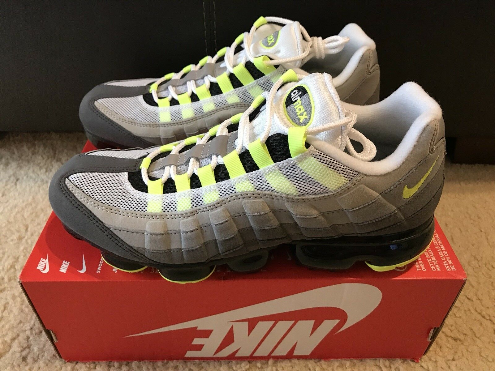 Nike Air VaporMax 95 Men's sz 10.5 Black Volt MEIDUM ASH AJ7292 001