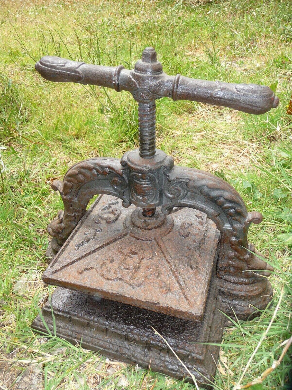 Identification d'une vieille presse manuelle S-l1600