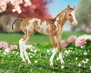 BREYER-MODEL-HORSES-Camila-Springtime-Filly-Pinto-Traditional-1-6-Scale-9195