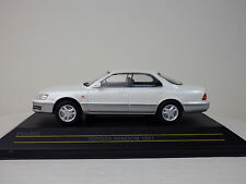 TOYOTA 1st WINDOM ( LEXUS ES300) 1991  White/Gray  1:43 FIRST:43 MODELS / KB NEW