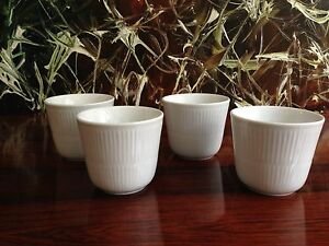 ROYAL-COPENHAGEN-blanc-a-cotes-Set-avec-4-Thermo-tasse-cafe-Neuf