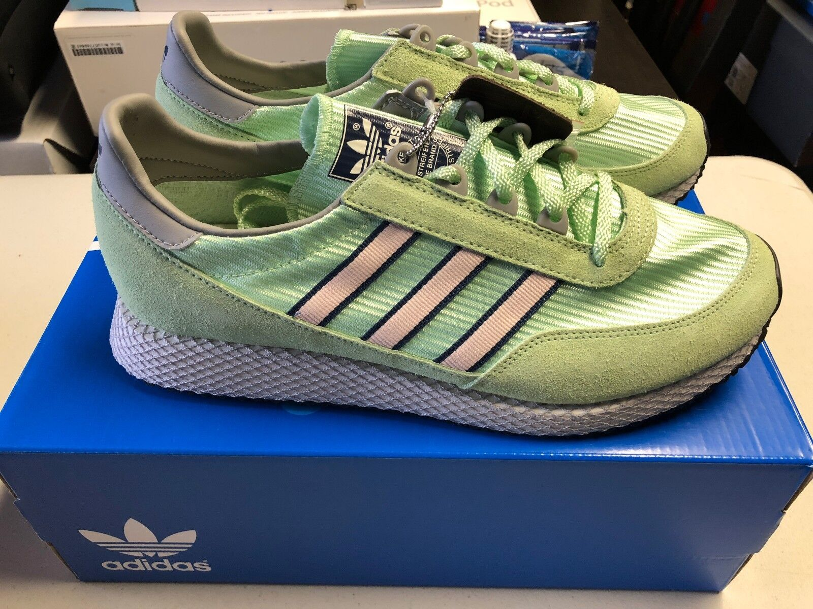 New Adidas Glenbuck SPZL Spezial Size 10.5 Mist Jade Green Icey Pink DA8759 NIB