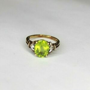 Vintage 9ct yellow gold Peridot and Diamond ring. Size L 1/2.