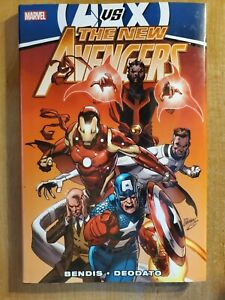 New-Avengers-v4-hardcover-good-condition-Brian-Michael-Bendis-AvX