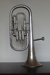 High-horn-Couesnon-1928-Vintage-collector