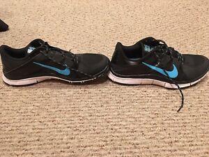 Nike Free 5.0 V3 Mens 11 Black And Blue