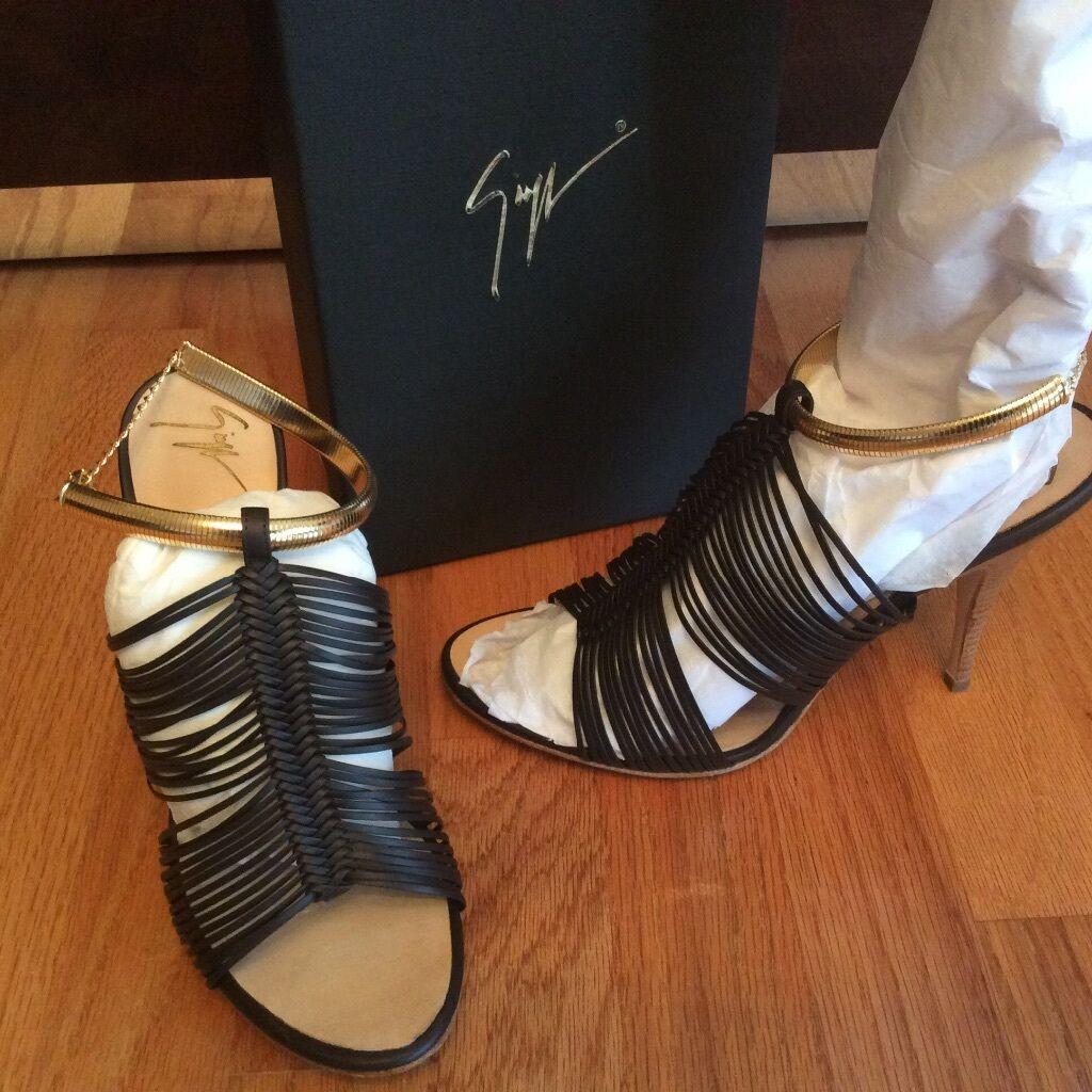 NIB NIB NIB Giuseppe Zanotti Design black sandals size 39 17fe7e