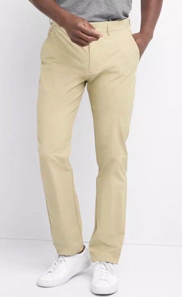 4272bf201e Gap Men 40x30 Hybrid Khakis in Slim Fit with GapFlex, Cargo Khaki Stretch  Pant