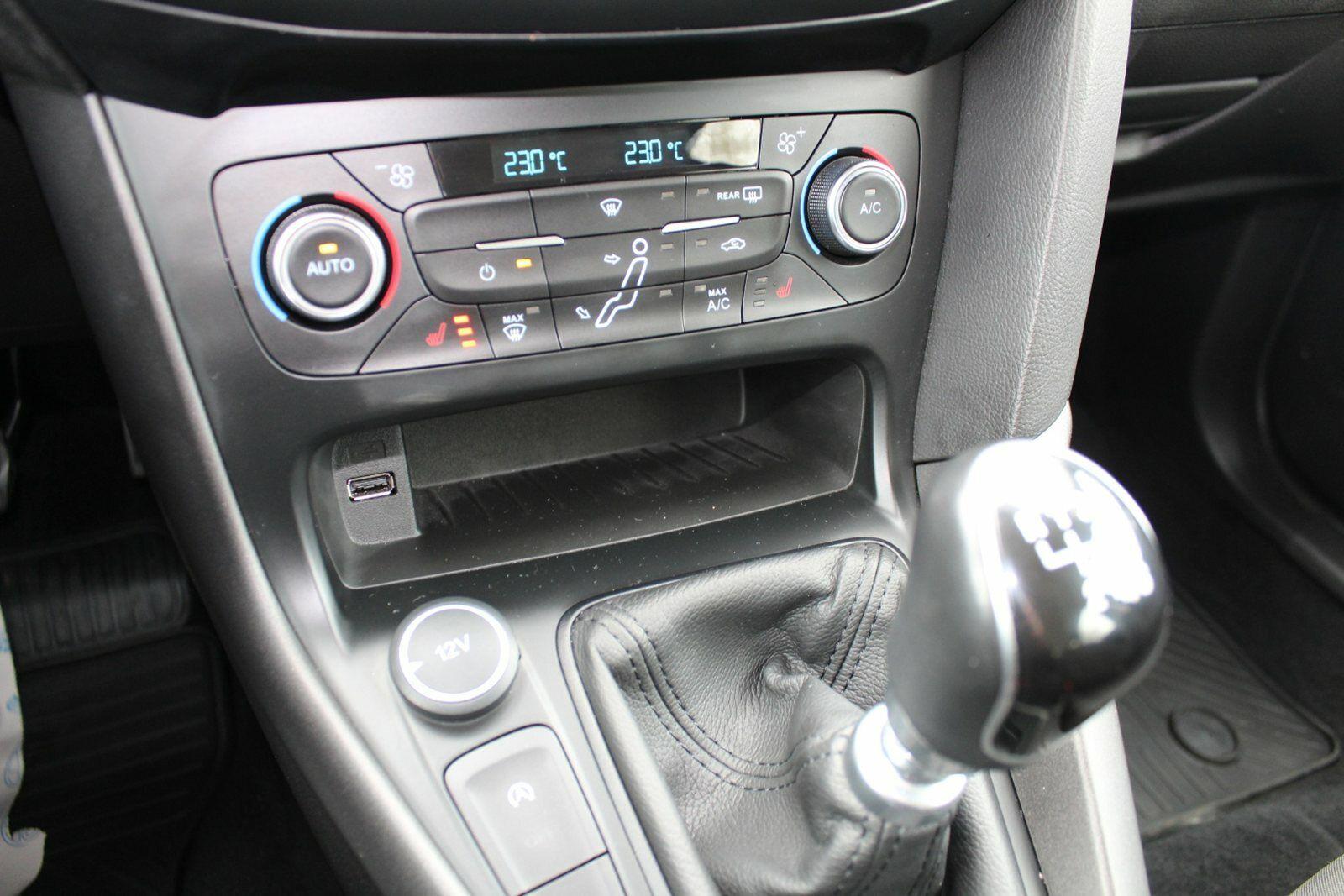 Ford Focus 1,0 SCTi 125 Business stc. - billede 12
