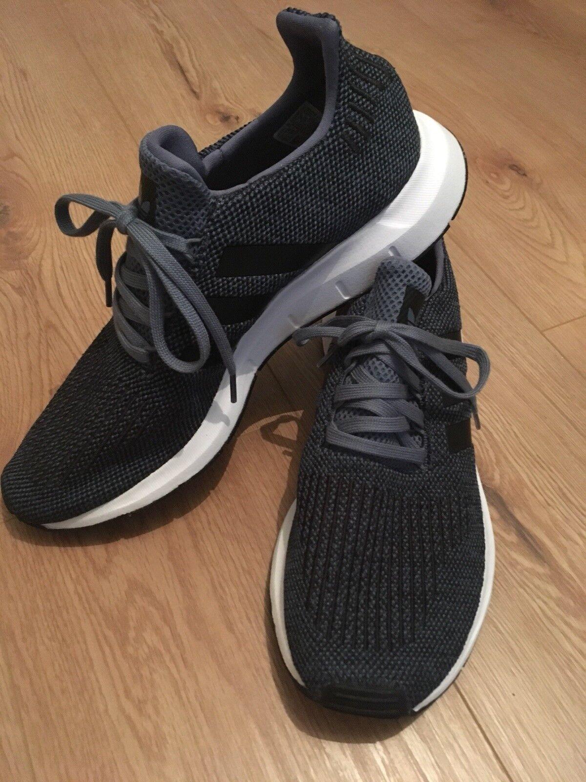 Neu Adidas Herren Swift Run Fitnessschuh, Blau