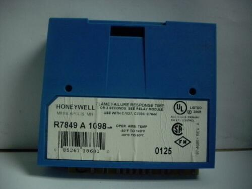 HONEYWELL R7849 A 1023 ULTRAVIOLET FLAME AMPLIFIER QUANTITY!!