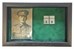 Large-Medal-Display-Case-With-Photograph-For-3-4-Medals-Black-Frame