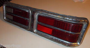1973 PONTIAC CATALINA TAIL LIGHT ASSEMBLY RIGHT 5965390 GUIDE 2B -- P147