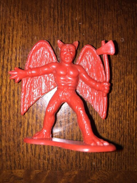 Nice! #6 1983 TOYCO Plastic Warrior Barbarian Fantasy Figure With Club B155