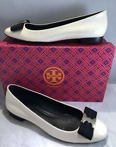 b4ac2d81f32 TORY BURCH GEMINI LINK BOW WHITE BLACK PATENT LEATHER FLAT WOMEN S ...