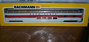 ho scale train bachmann 81 39 auto train 4000 full dome passenger car w interior ebay. Black Bedroom Furniture Sets. Home Design Ideas
