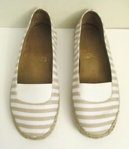 Tan Stripe, Size 7.5 M