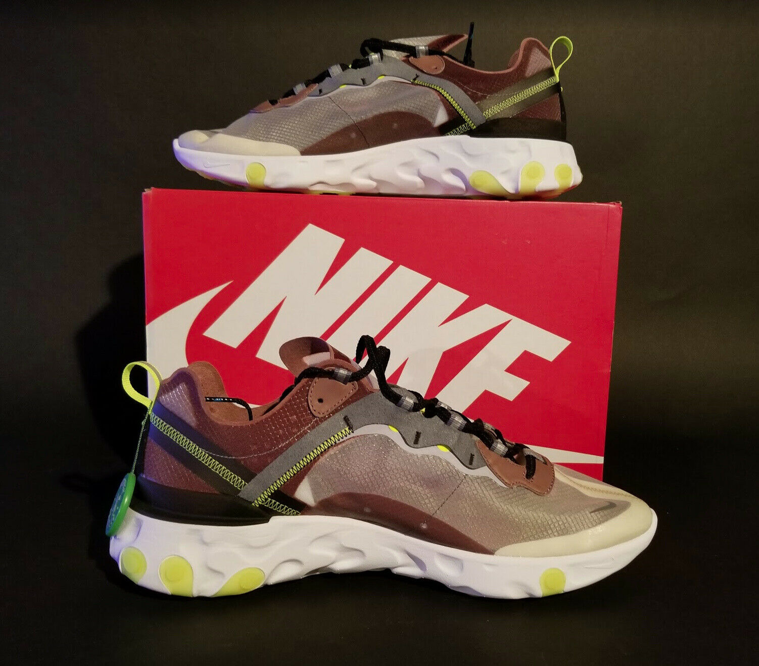 "Nike Men's React Element 87 Size 14 ""Desert Sand Grey AQ1090 002 Stunning shoes"