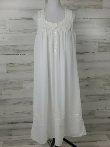 Eileen West nightgown medium 100% Cotton Lawn long