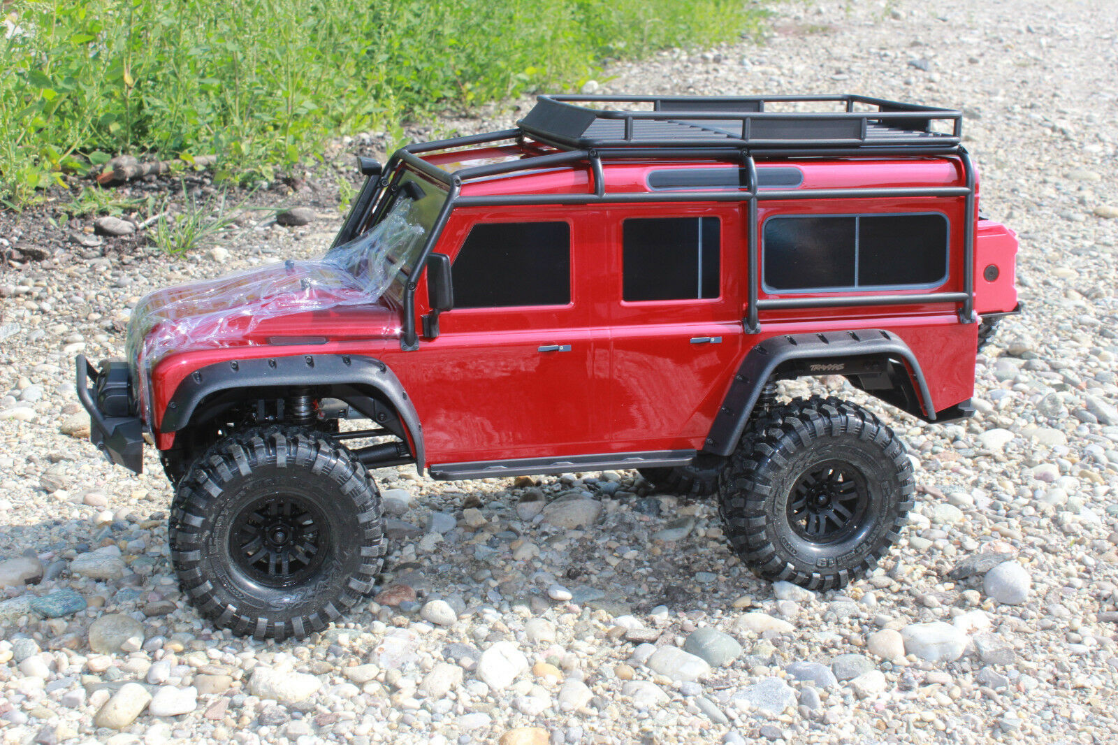TRAXXAS 82056-4 trx-4 ROSSO Crawler Land Rover Defender 1 10 RTR