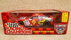 1998 Racing Champions 1:24 NASCAR Lake Speed Cartoon Network Ford Taurus #9 b