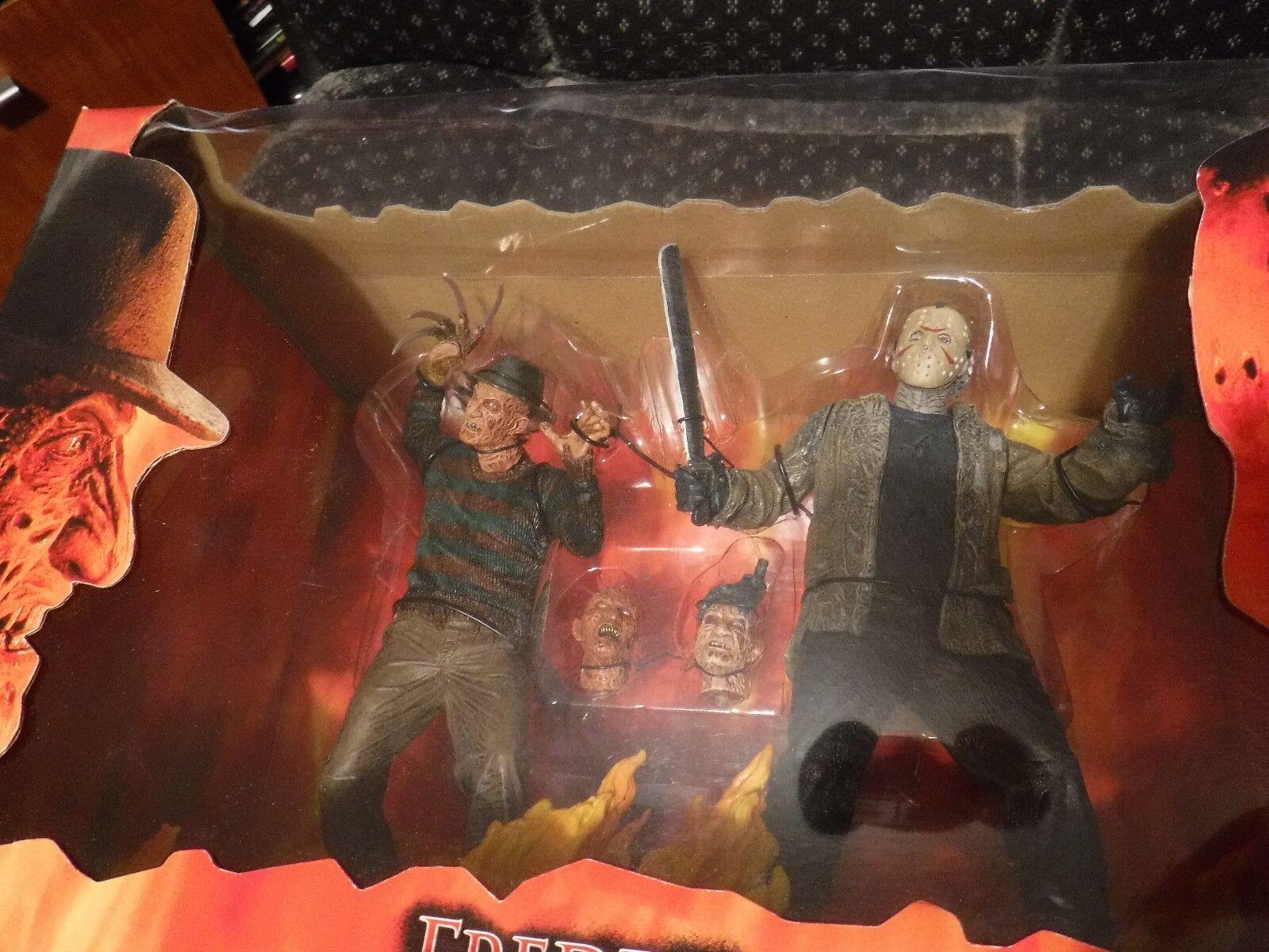 Neca Reel Toys Frossody Vs Jason Diorama Box Set Friday 13th Nightmare Elm St NIB