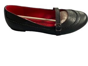 Shoe-Ladies-Black-Court-Susst-Low-Heel