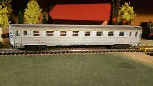 Marklin-echelle-ho-voiture-voyageurs-INOX-1er-class-SNCF-ref-4050-1