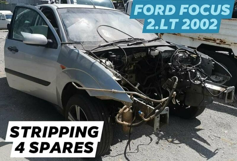 FORD FOCUS  2.LT 2002 STRIPPING FOR SPARES