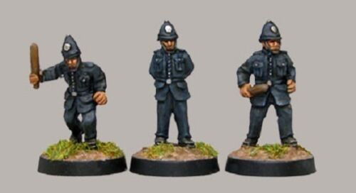 3 Figures TQD BPL1 20mm Diecast WWII British Police